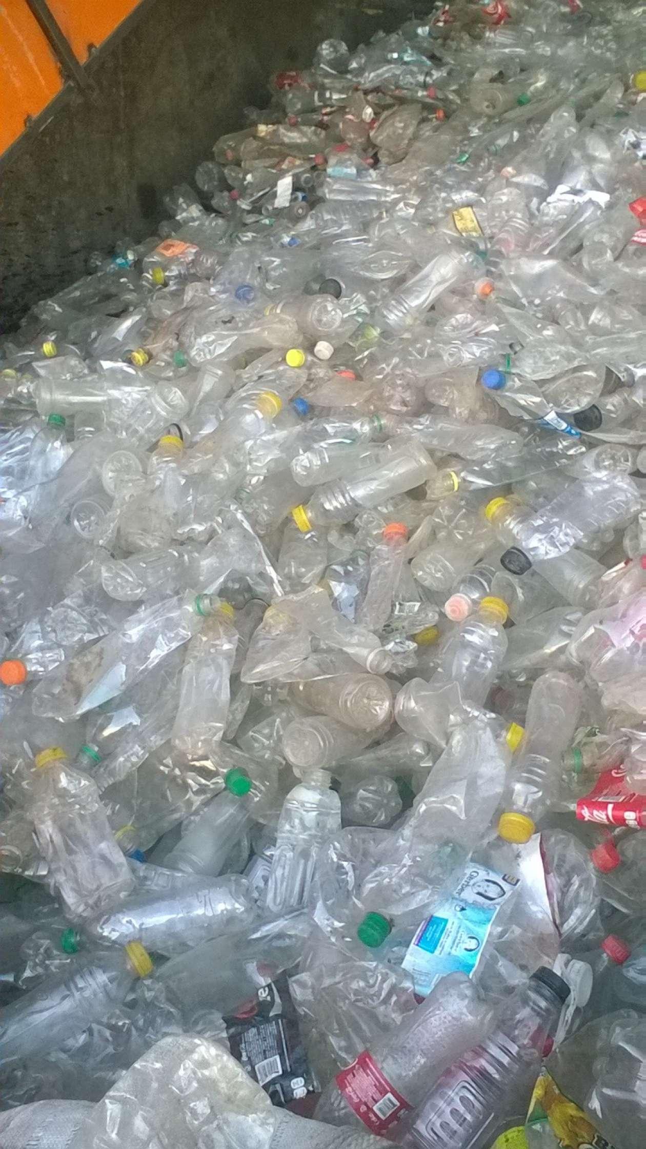 Reciclaje de pet red sudamericana de inversiones as - Reciclaje de palet ...